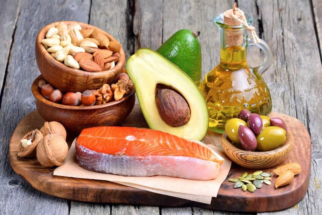 تحميك من الأمراض.. 6 أطعمة يجب تناولها يوميًا (إنفوجرافيك)
