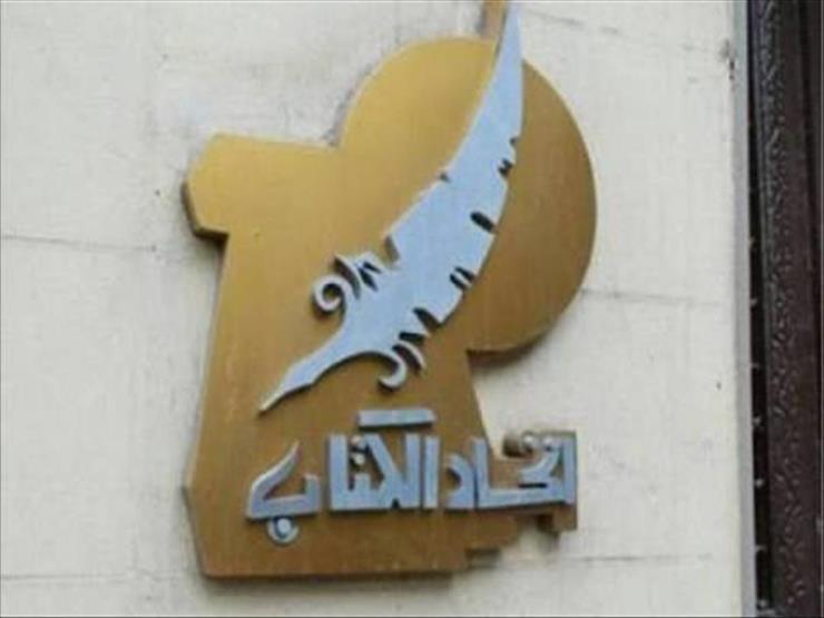 خاص   سرقة وإيقاف وتحقيق.. تفاصيل واقعة سرقة أشعار نزار قباني