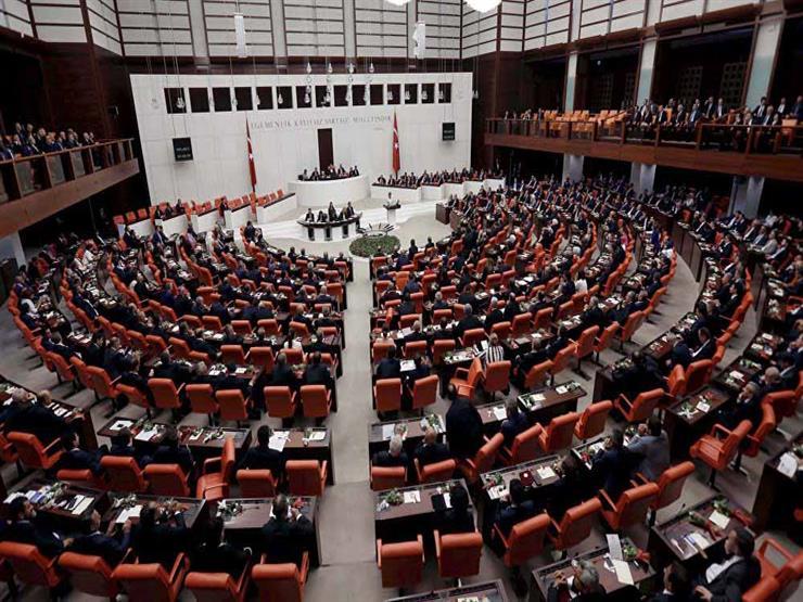 البرلمان التركي يوافق على نشر قوات في أذربيجان