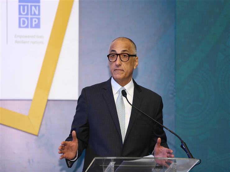 طارق عامر: القطاع الصناعي أولوية وعلى الحكومة توفير حوافز ضريبية لدعمه