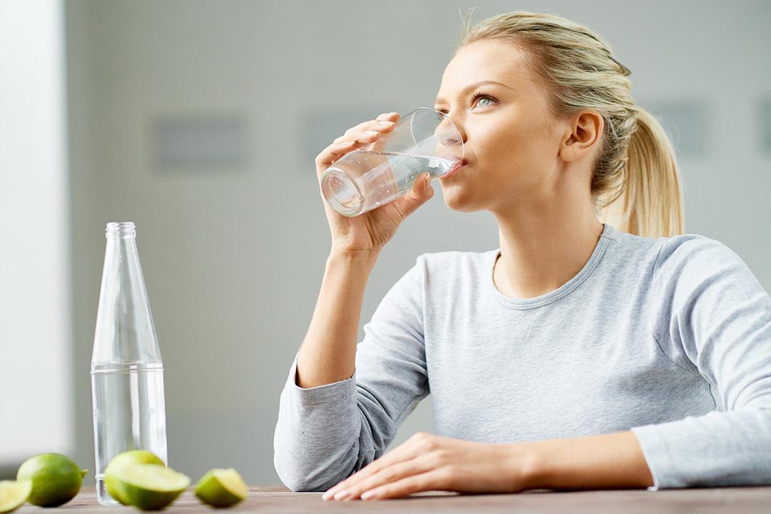 هذا ما يفعله تناول 3 لتر من المياه بجسمك الكونسلتو