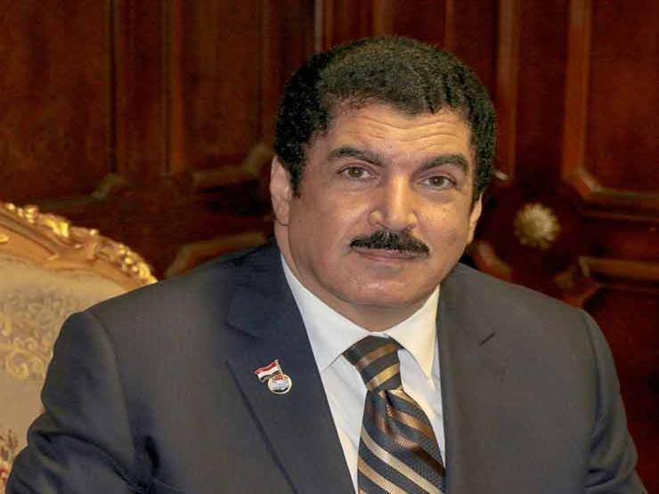 """محافظ القليوبية يشارك في تكريم خريجي مبادرة """"صنايعية مصر"""" بجامعة بنها"""