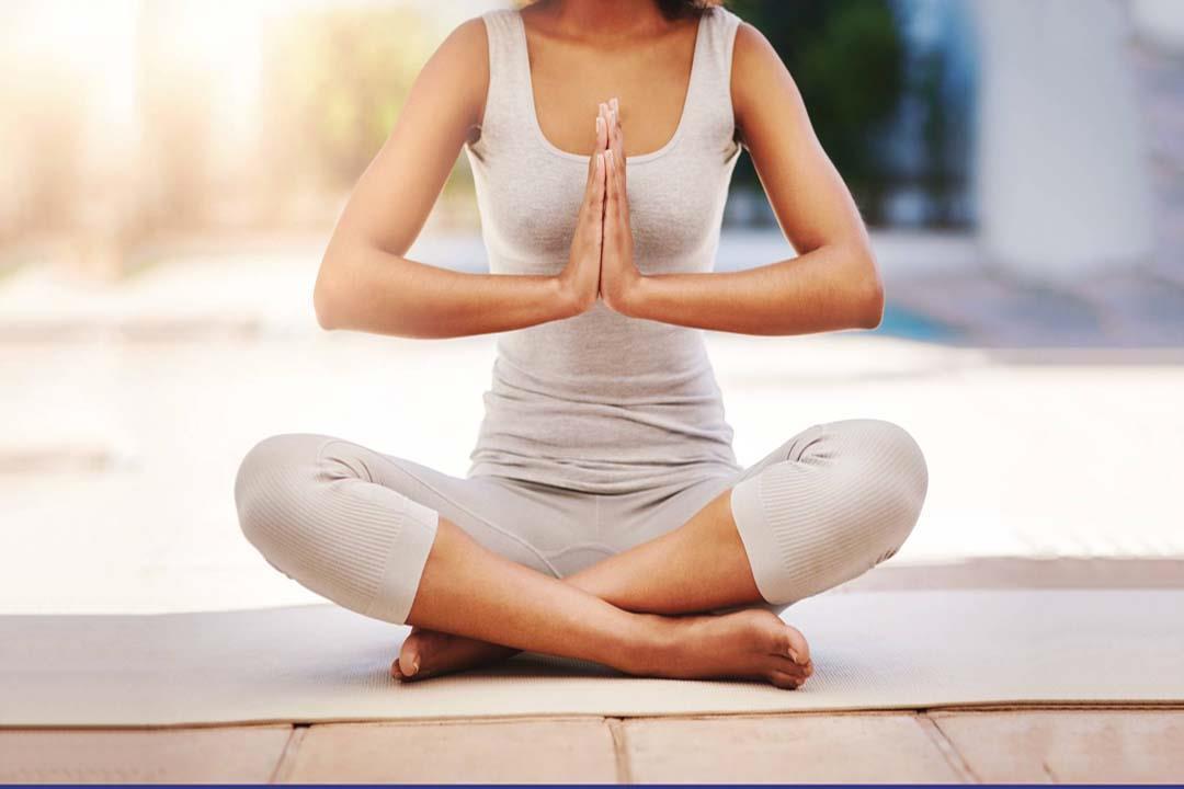 تعرف علي فوائد اليوجا والتأمل لتقليل التوتر