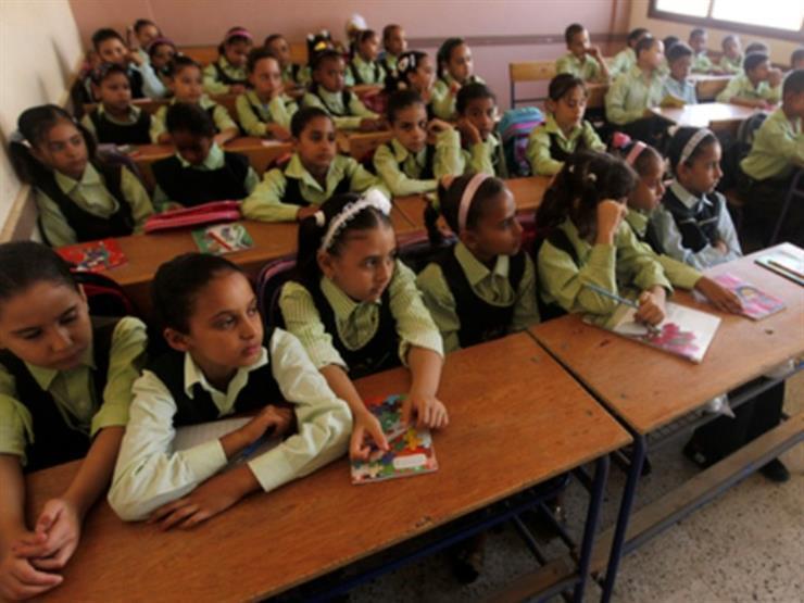 """""""الوزراء"""" ينفي توزيع بسكويت منتهي الصلاحية على التلاميذ بالمدارس"""
