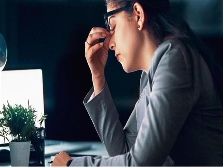 أفضل طريقة لإبلاغ مديرك عن حاجتك للتغيب عن العمل بسبب المرض