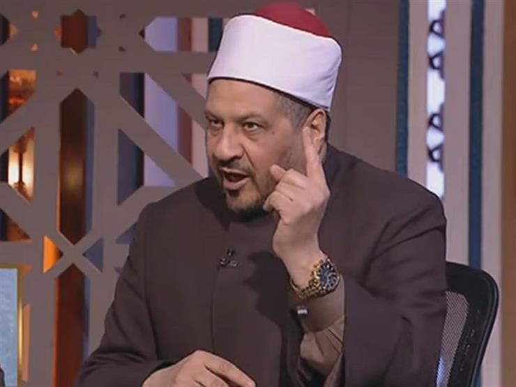 """""""هل يجوز التمايل والحركة في أثناء ذكر الله؟"""".. مجدي عاشور يجيب"""