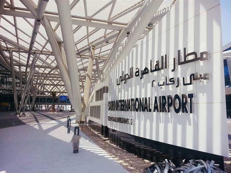 انتظام حركة الملاحة بمطار القاهرة رغم الطقس السيئ