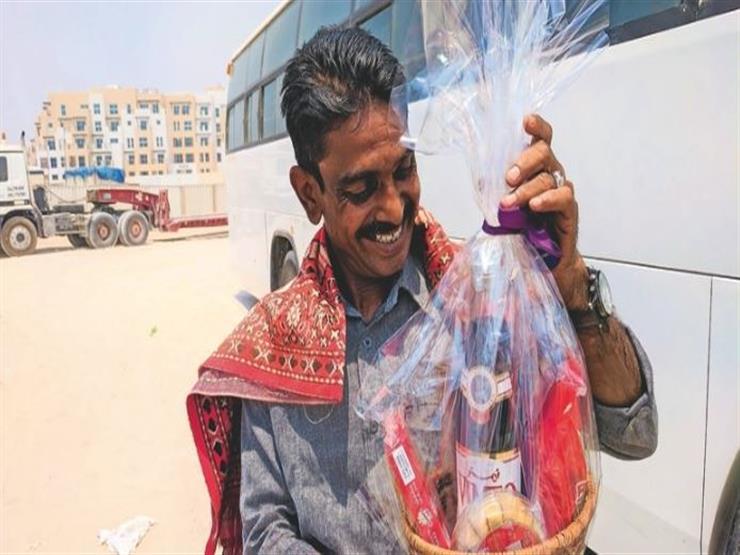 سلال الأبطال.. الهدية الرمضانية للعمال الشقيانين في الإمارات