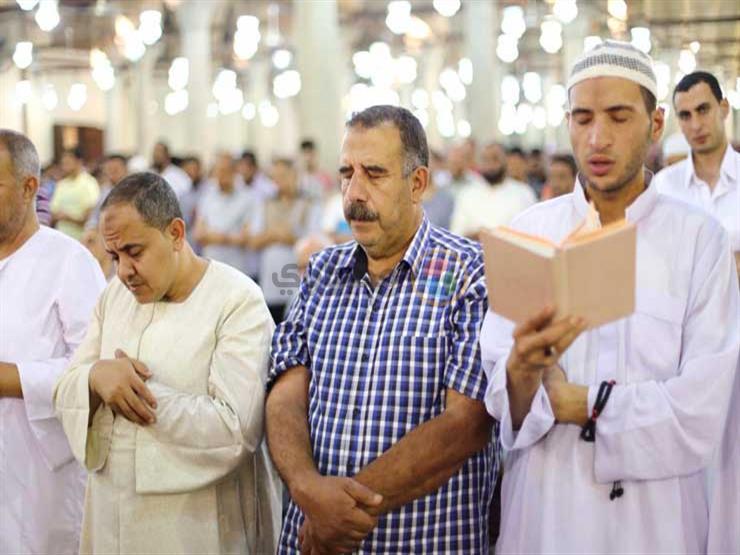 أحمد كريمة: صلاة التراويح تصلى في البيت.. ولا اعتكاف لغلق المساجد