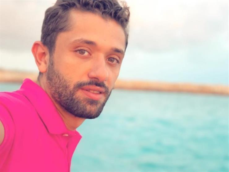 كريم محمود عبد العزيز يمر بأزمة صحية وينقل إلى المستشفى (صورة)