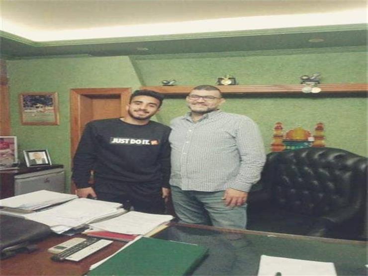 هداف النصر يكشف لمصراوي كواليس توقيعه للأهلي وتفاصيل عقده الجديد