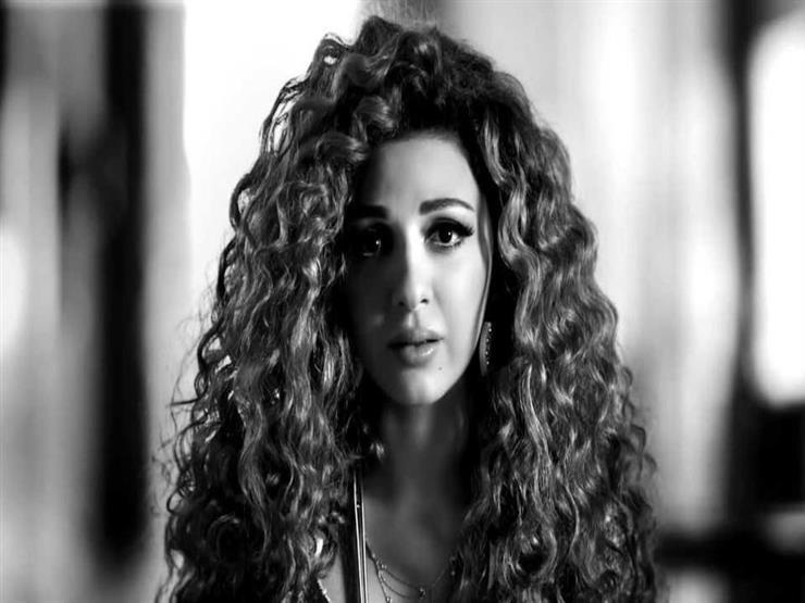 ميريام فارس توجه رسالة للفنانين اللبنانيين