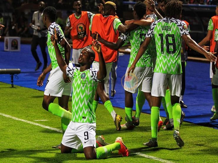 تُهدد بالانسحاب من أمم أفريقيا.. كواليس أزمة منتخب نيجيريا في الإسكندرية