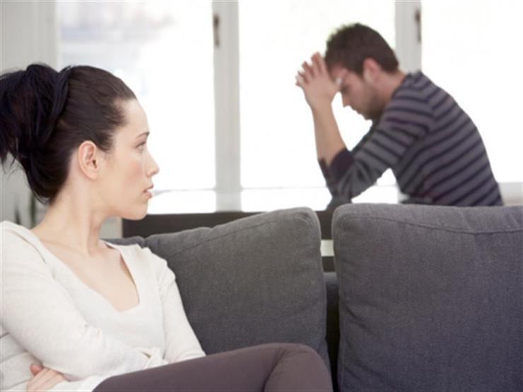 7 علامات تخبركِ إدمان زوجِك الأفلام الإباحية