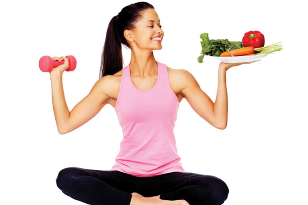 منها تناول المياه.. 5 عادات يومية احرص عليها لفقدان الوزن بدون دايت
