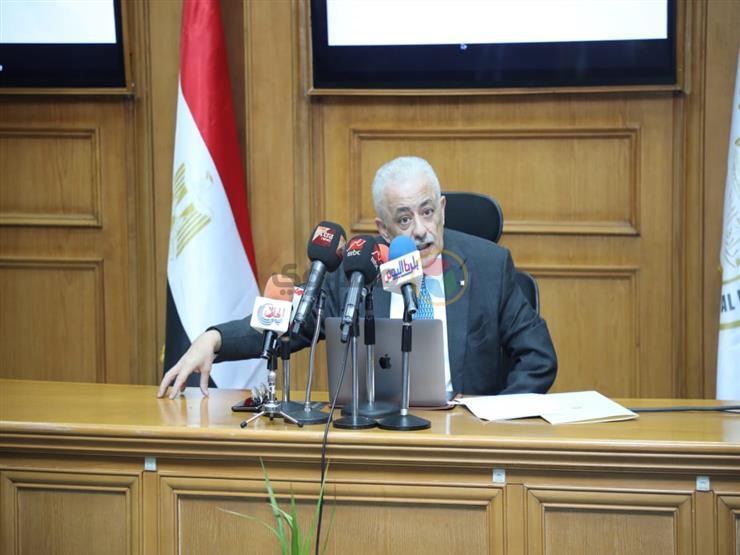 طارق شوقي: فصل 1070 معلمًا بسبب انتمائهم للإخوان