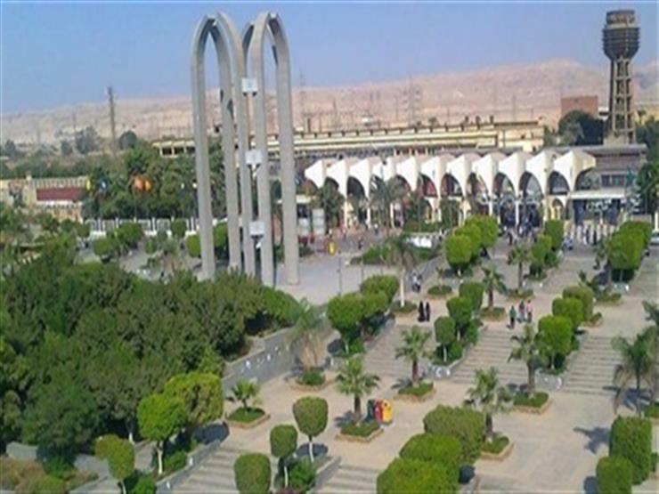 """انطلاق فعاليات """"منتدى قطاع السياحة والفنادق فرص وتحديات"""" بجامعة حلوان"""