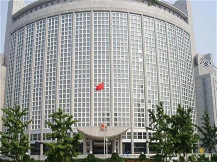 الصين تفرض عقوبات على أفراد أمريكيين بسبب أمريكى من مخاطر العمل بهونج كونج