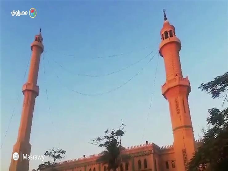 توافد المصلين لمسجد عماد راغب لأداء صلاة عيد الأضحى المبارك