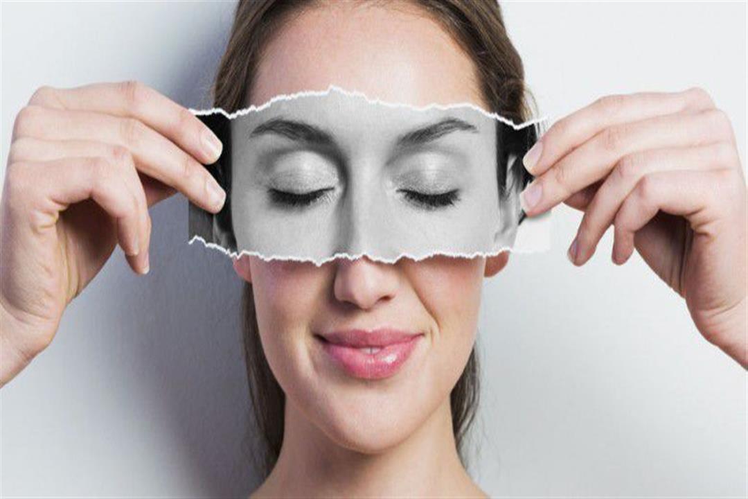 عادات خاطئة تسبب ترهل الجلد حول العين.. إليك طرق الوقاية