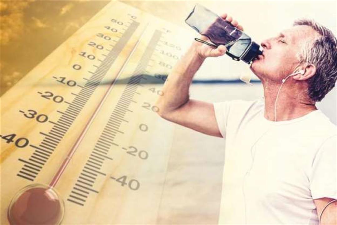 في الطقس الحار.. إرشادات يجب اتباعها عند تناول الطعام لتجنب الجفاف