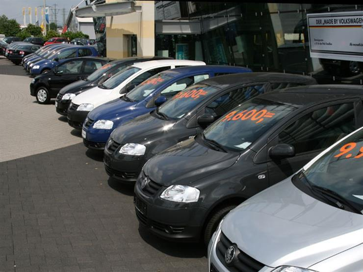 التنمية المحلية: عدم إصدار تصاريح جديدة لمعارض السيارات في المناطق السكنية