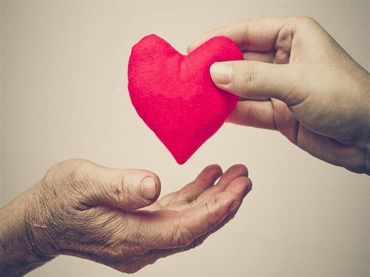 زرع المحبة في نفوس الجميع.. الأزهر: هكذا تعامل النبي مع صحابته