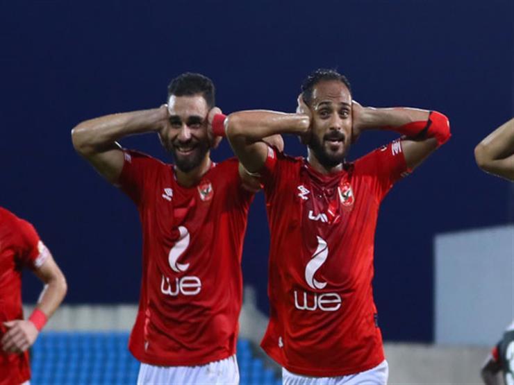 """مصدر لـ""""مصراوي"""": الشناوي وسليمان في جلسة استعادة الثقة مع لاعبي الأهلي"""