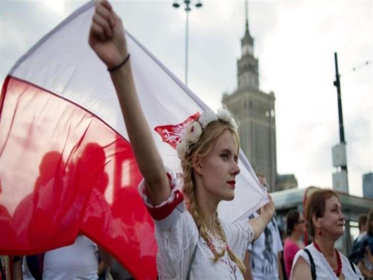لماذا يفضل البولنديون التحايل على القوانين؟