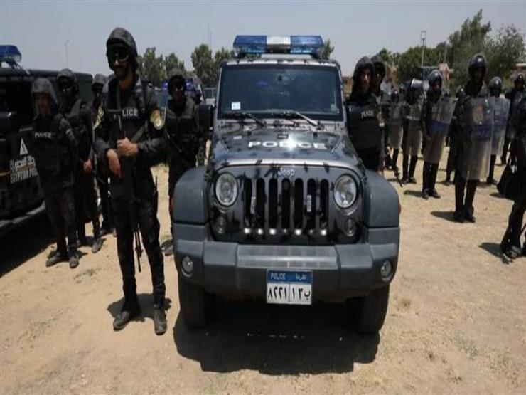 جريمة سنترال فيصل.. مدرعة تقل المتهم إلى قسم شرطة بولاق