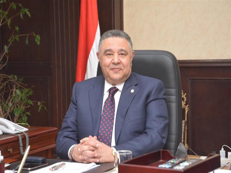 """""""لا تهاون"""".. حجز رئيس مدينة القصير في كمين شرطة لمخالفته قرار حظر التجوال"""