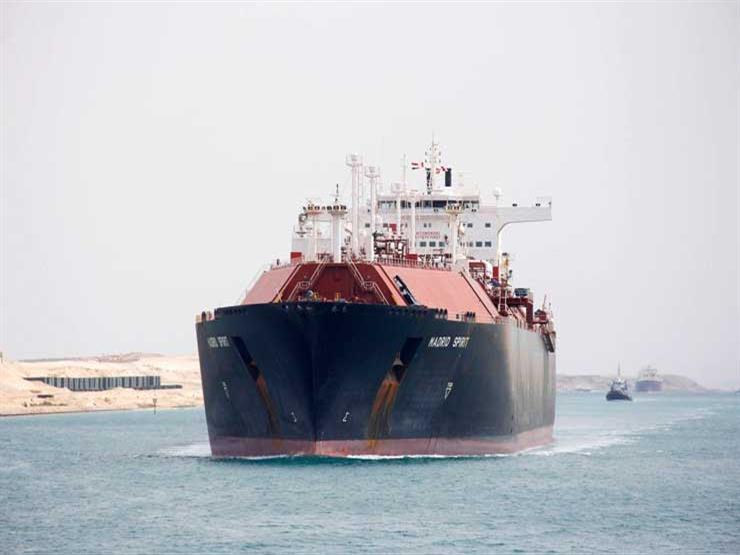 """رئيس """"قناة السويس"""" يكشف تفاصيل عبور سفينة إيطالية تحمل 65 مصابًا بـ""""كورونا"""""""