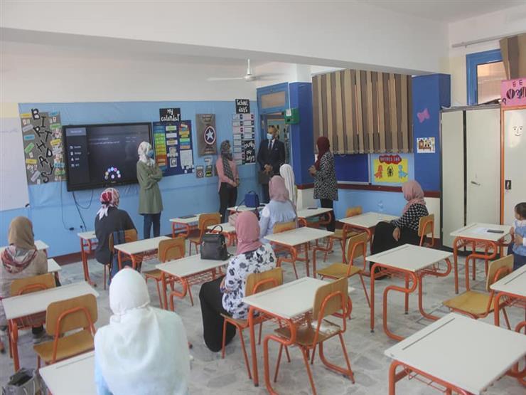 الفولي يتفقد مدارس السويس استعدادا ًلاستقبال العام الدراسي الجديد