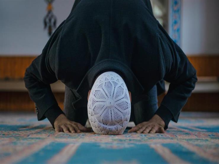 مريض الوسواس القهري.. هل يجوز له جمع الصلوات؟.. أمين الفتوى يجيب