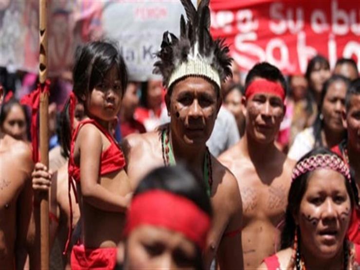 آلاف من السكان الأصليين بكولومبيا يتجهون إلى العاصمة لإنهاء أعمال القتل