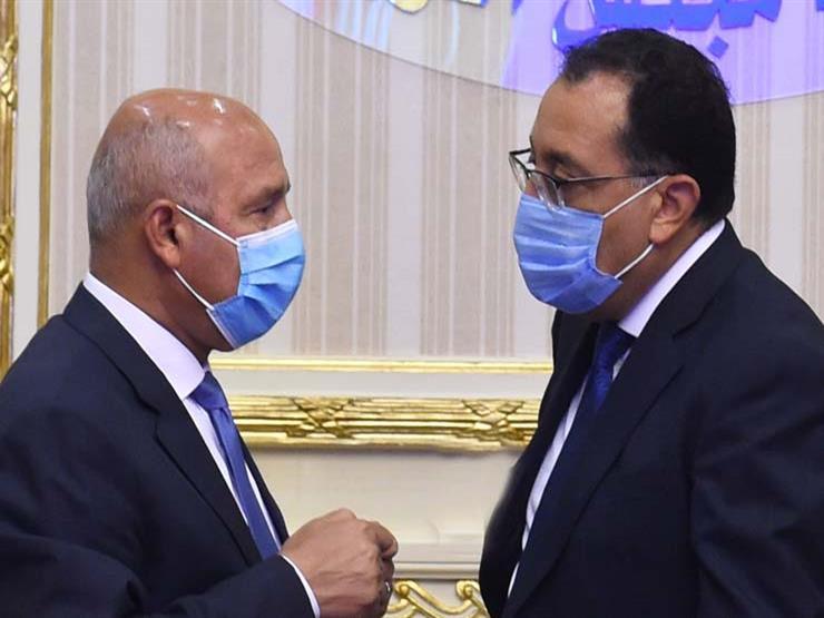 """وزير النقل: الرئيس وافق على إلغاء جميع """"المعديات"""" وإنشاء """"كباري"""" بدلا منها"""