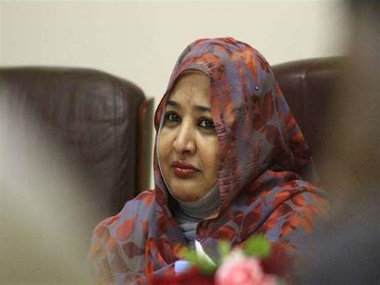 إطلاق سراح زوجة عمر البشير لتدهور حالتها الصحية