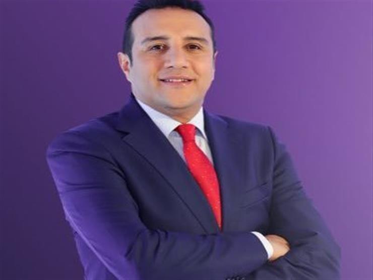 """""""تاسعة أم سادسة"""".. ماذا قال أحمد فؤاد عن نهائي القرن؟"""