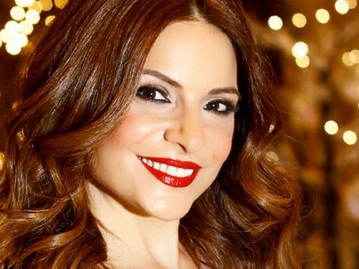 هيلدا خليفة تقدم حفل افتتاح الدورة الرابعة لمهرجان الجونة السينمائي