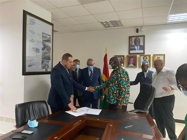 """""""مصر للطيران"""" توقع مذكرة تفاهم مع غانا لتأسيس شركة جديدة بأفريقيا"""