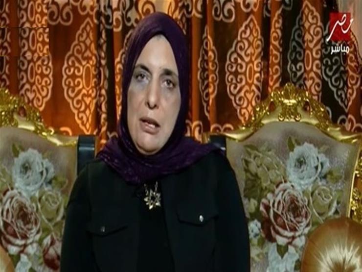 """مديرة مدرسة عمر مكرم توجه رسالة لمحافظ الدقهلية: """"أريد العودة لأولادي في المدرسة"""""""