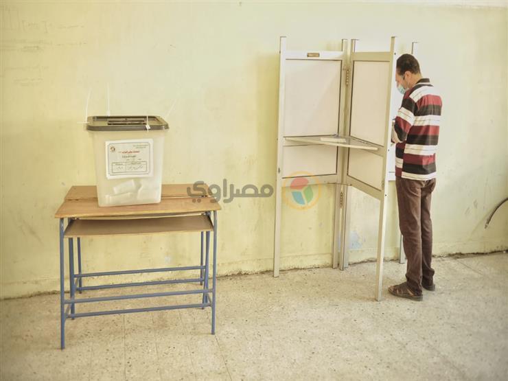 لجان الاقتراع بالدقي تستقبل المواطنين في اليوم الثاني لانتخابات مجلس النواب - فيديو
