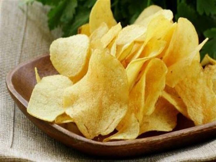 5 أمور تحدث لجسمك عند تناول كيس من رقائق البطاطس