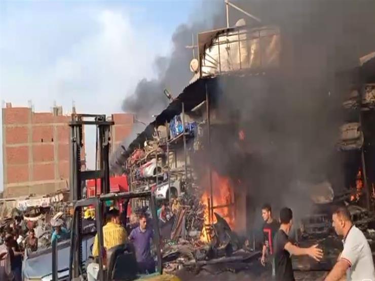"""تمت المهمة بنجاح.. السيطرة على حريق مخزن خردة بـ""""دائري صفط اللبن"""""""