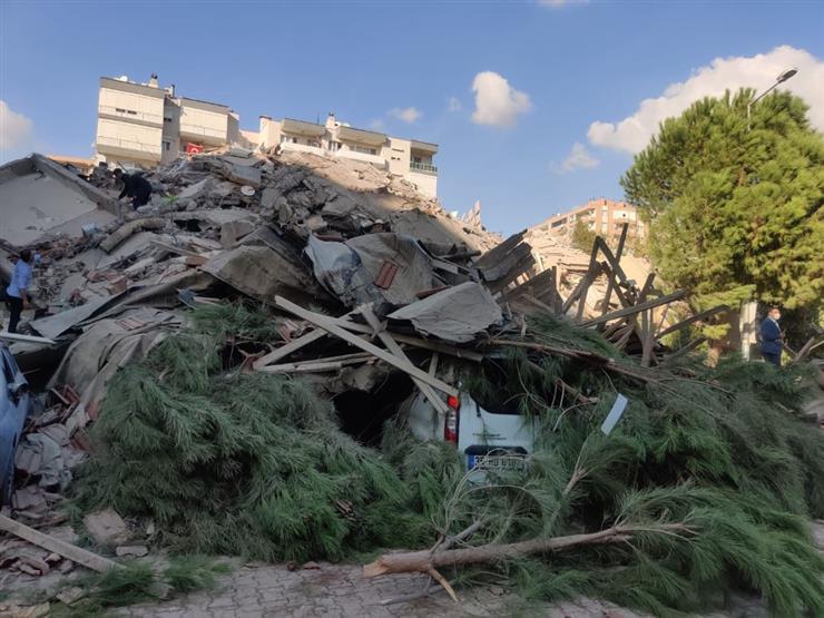 ارتفاع حصيلة ضحايا زلزال تركيا إلى 12 قتيلاً
