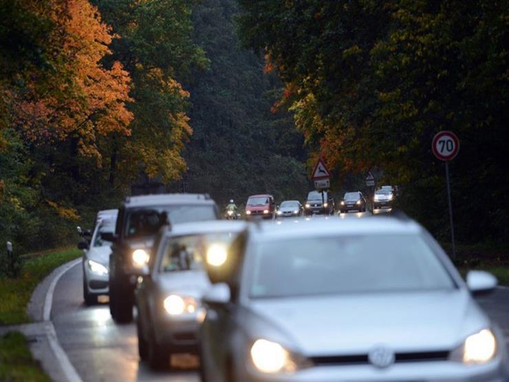 """خطوات مهمة لتجهيز السيارة للعمل في """"فصل الخريف"""".. تعرف عليها"""