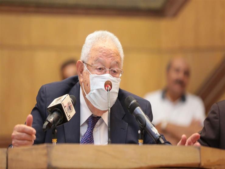 """نقيب المحامين يتفق مع وزير الإسكان على إعادة المياه إلى نادي """"6 أكتوبر"""""""
