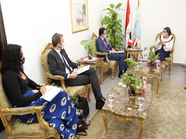 وزيرة البيئة تبحث مع الجانب الفرنسي فرص القطاع الخاص للاستثمار في مصر