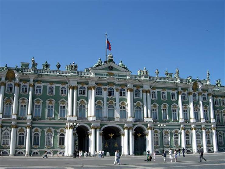 ما وراء قصور سان بطرسبرج.. منازل عتيقة ومشاهد ثرية