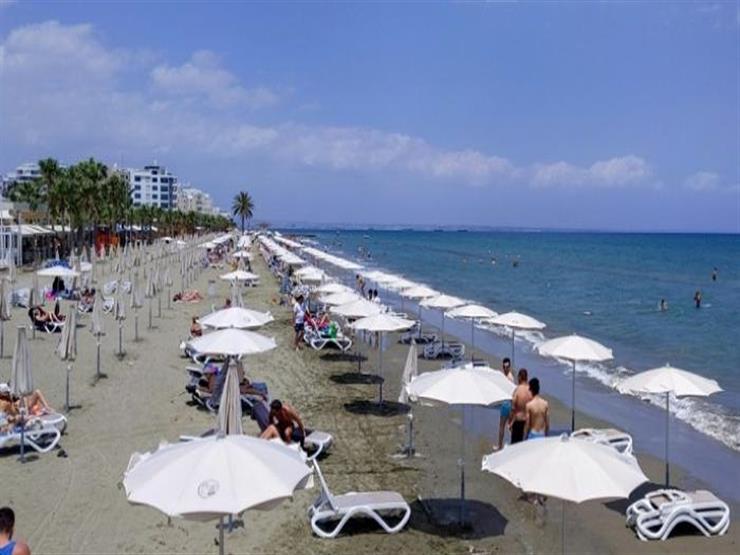 """اليونان تحذر تركيا من إعادة فتح شاطئ شمال قبرص: """"تراجعوا وإلا سنشكو"""""""